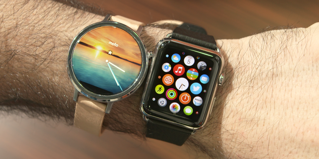 Motorola Moto 360 (2015) VS Apple Watch