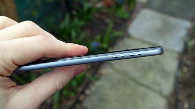 Galaxy S7 боковая грань