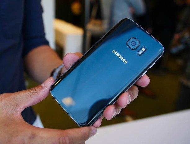 Восстановленный смартфон Samsung