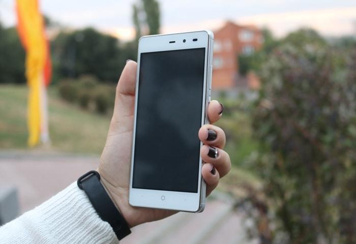 Смартфон Leagoo Z5