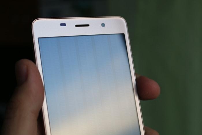 Leagoo M5: полосы на экране