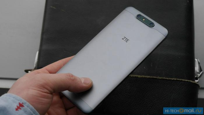ZTE Blade V8 оборудуют двойной камерой иОС андроид 7.0
