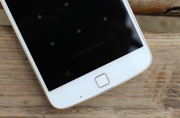 Сканер отпечатков пальцев Moto Z Play