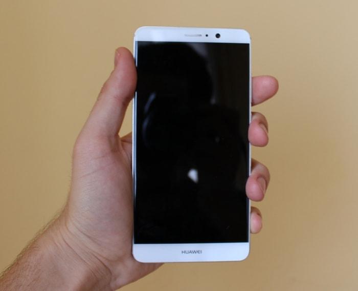 Олеофобное покрытие Huawei Mate 9
