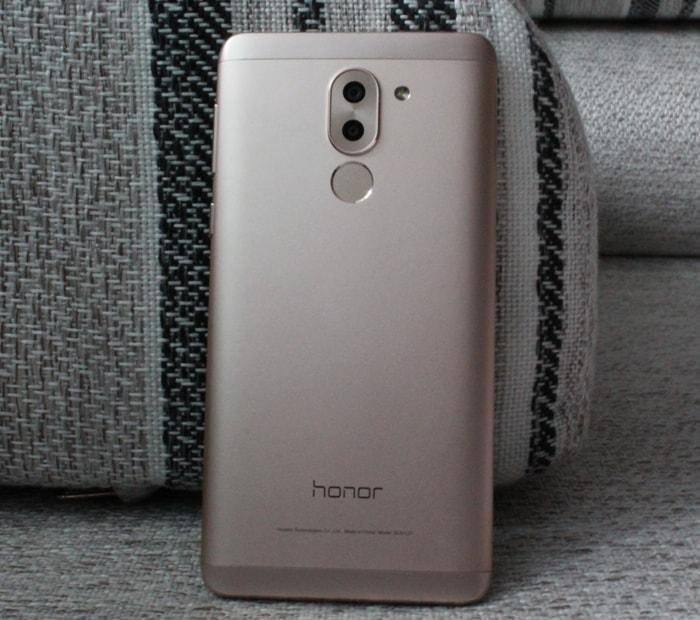 Камера и сканер отпечатков пальцев Honor 6X