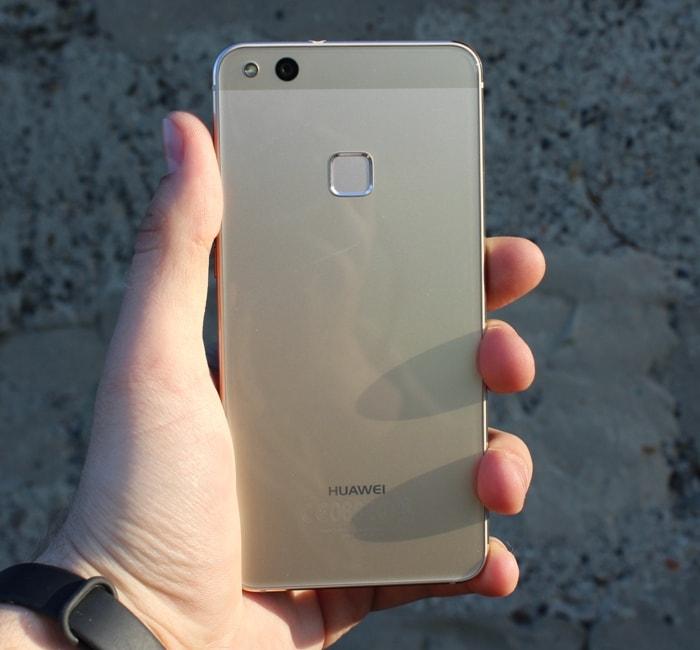Обзор Huawei P10 Lite