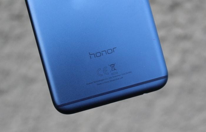 Антенная полоска Honor 8 Pro