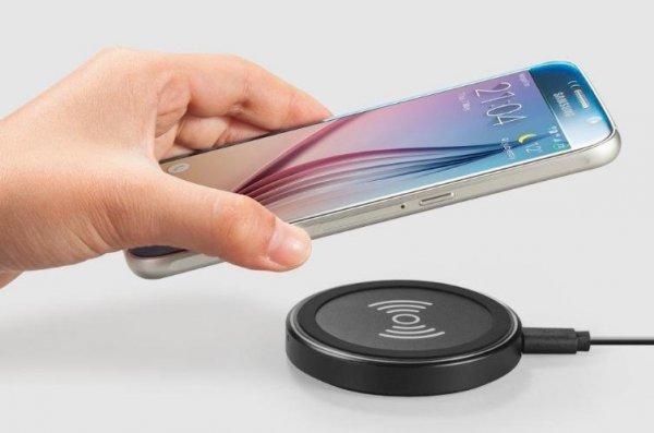 беспроводная зарядка в смартфоне