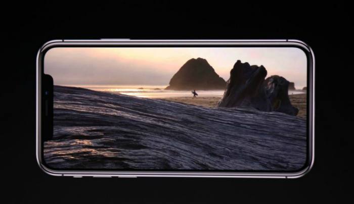 Специалисты сравнили Самсунг Galaxy S8 иiPhone X