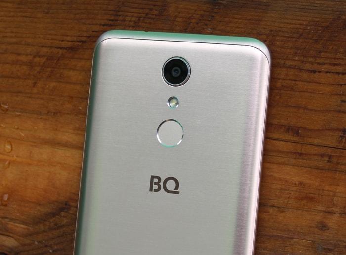 Камера BQ Strike Selfie Max