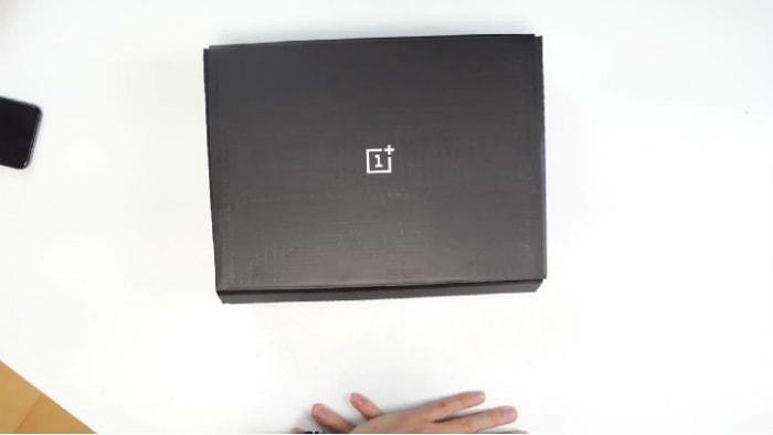 OnePlus 5T коробка