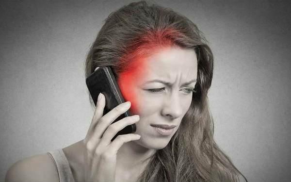 Излучения при разговоре по телефону