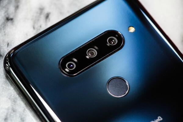 Тройная камера LG V40 ThinQ