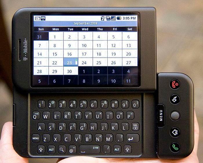 Первый смартфон на Android