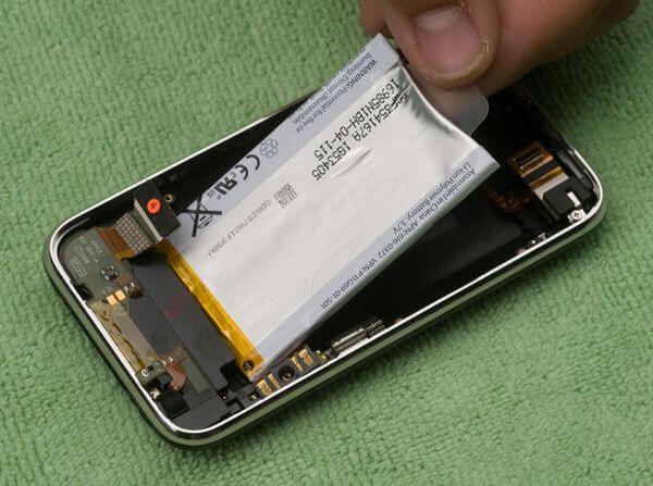 Литий-полимерная батарея