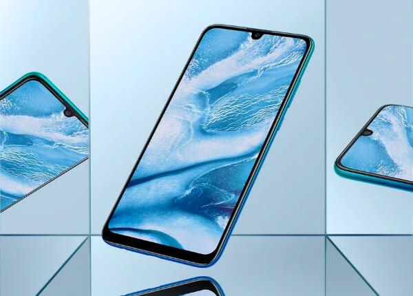 Huawei P Smart 2019 отражение в зеркале
