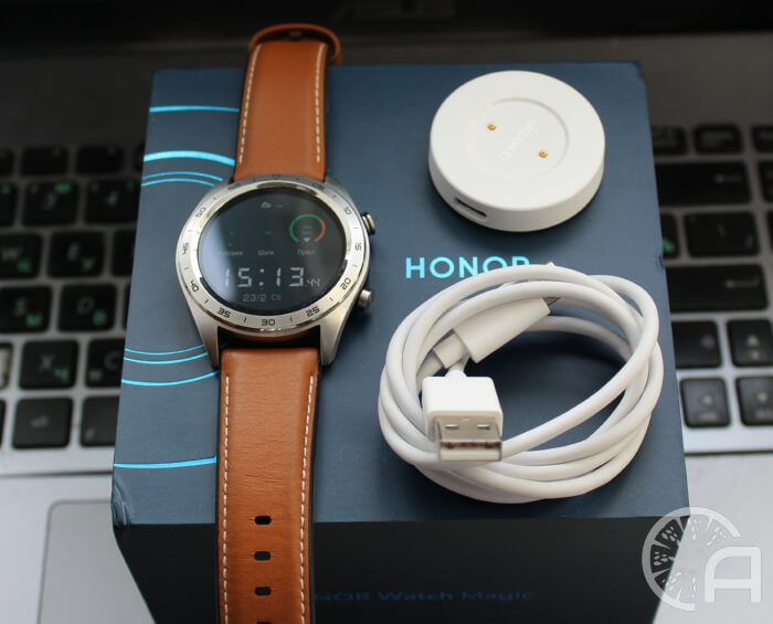 Коробка Honor Watch Magic