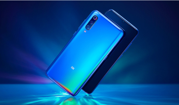Xiaomi Mi 9 спереди и сзади