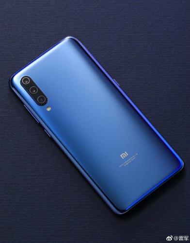 Xiaomi Mi 9 сзади
