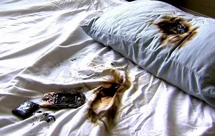Телефон под подушкой