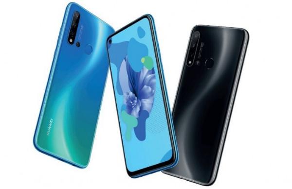 Три Huawei Nova 5i