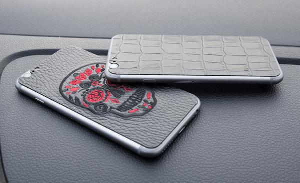 Кожаные наклейки на смартфон