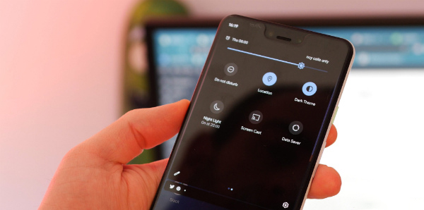 Темная тема в Android 10