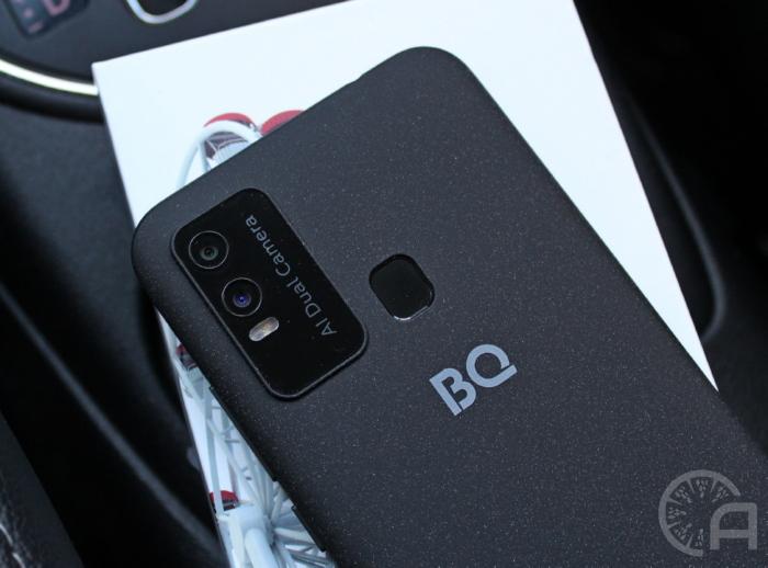 Камера BQ 6630L Magic L